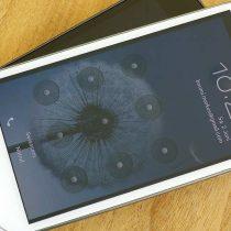 Play wprowadza nowe telefony Samsunga