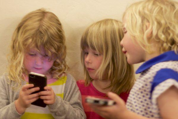 Telefon i oferta GSM dla dziecka