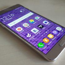 Poświąteczna obniżka cen 6 smartfonów w Play i RBM