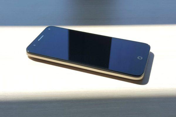 Play przeceny smartfonów