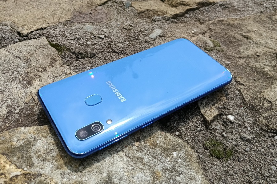 Samsung Galaxy A40 test opinie