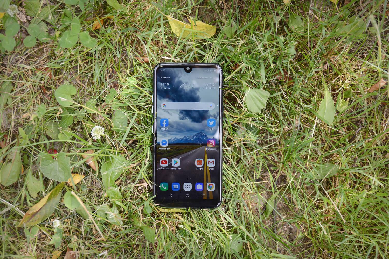 LG Q60 recenzja