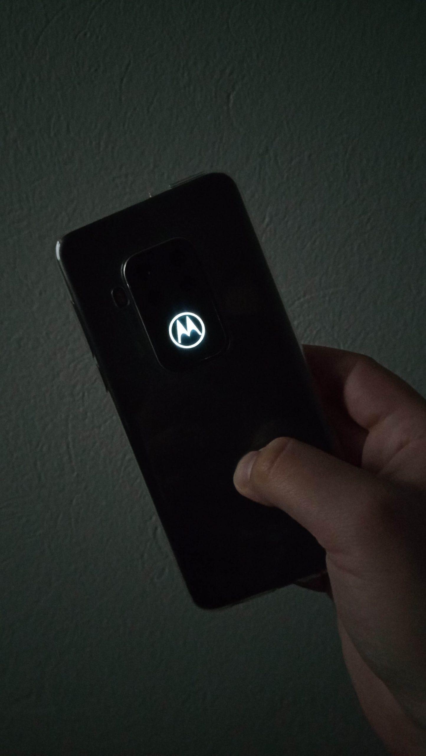 Motorola One Zoom test