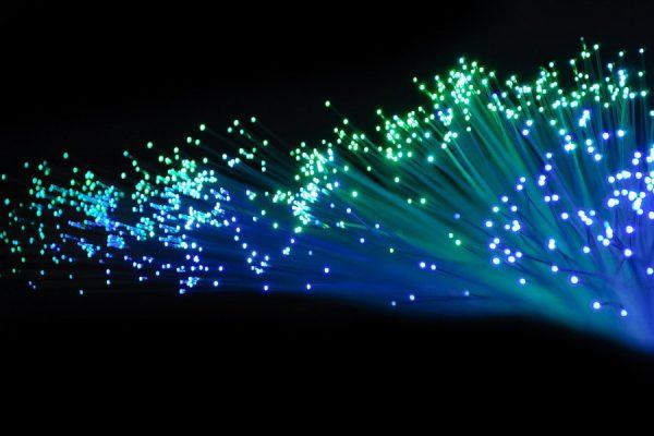 Internet światłodowody