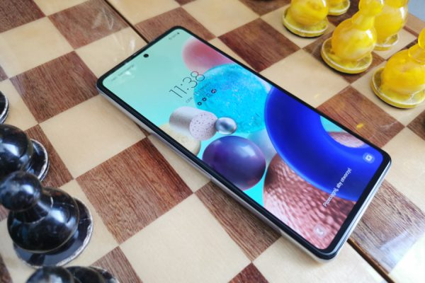 Samsung Galaxy A72 test